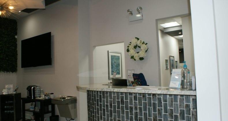 millennium-dental-dentist-frontdesk